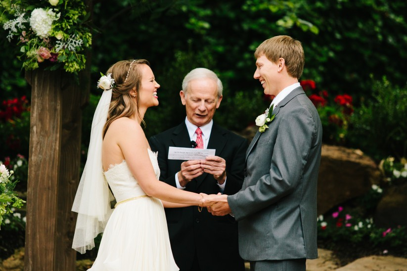 Difference Between a Licensed Minister vs. a Wedding Officiant